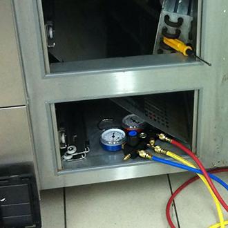 Ремонт холодильного стола HICOLD